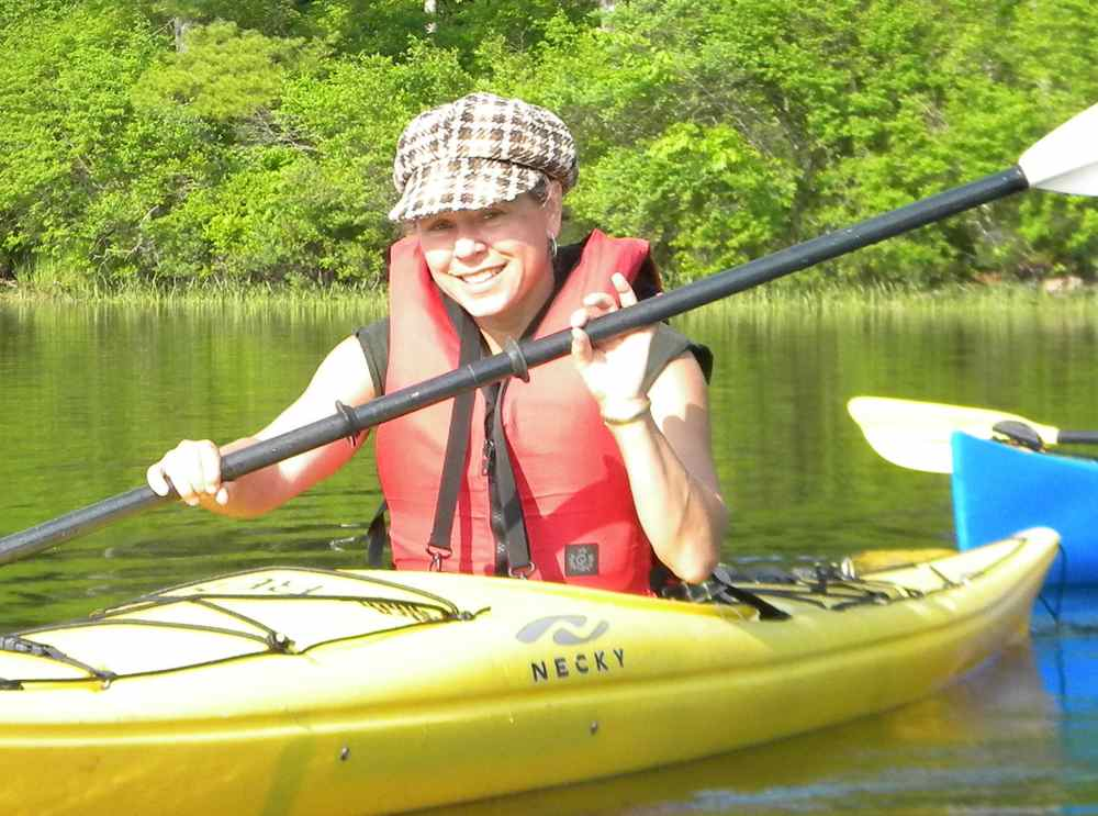 Lisa Vaas kayaking @ The 2010 Gathering
